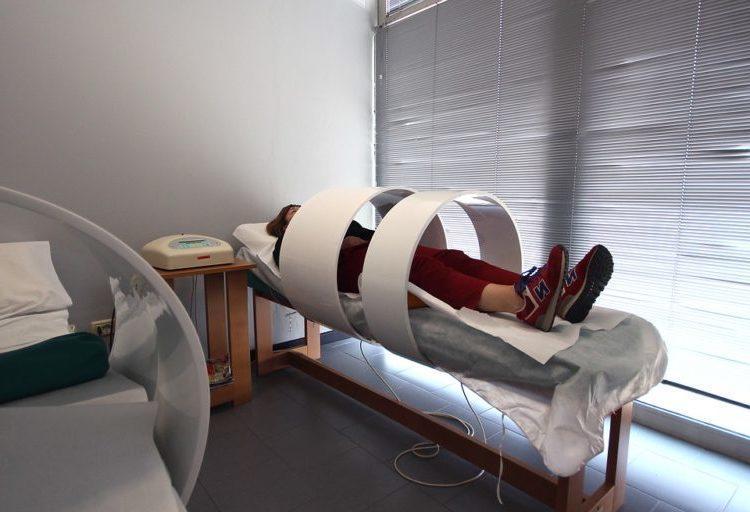 magnitoterapiya-jenshina-v-ustroystve
