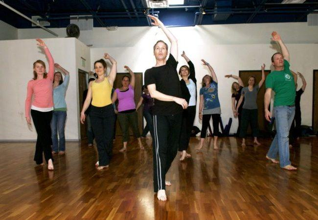 kak-prohodyat-zanyatiya-tancevalnoj-terapii