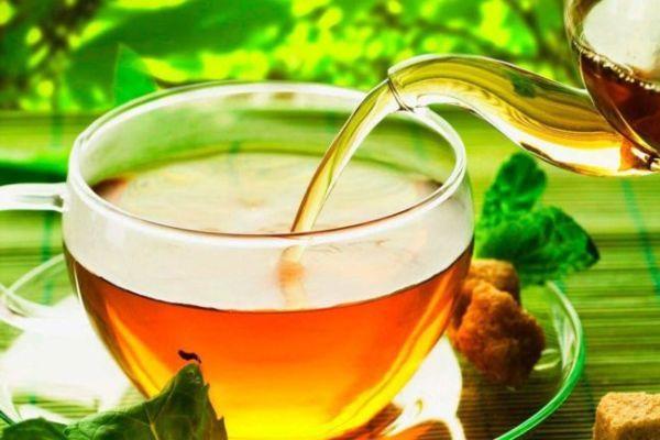 zelenyj-i-chernyj-chaj