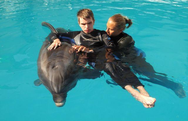 lechenie-s-delfinom
